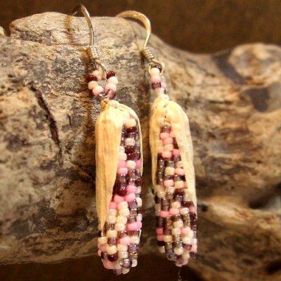 画像1: ナバホ族:ビーズ製 トウモロコシデザイン ピアス